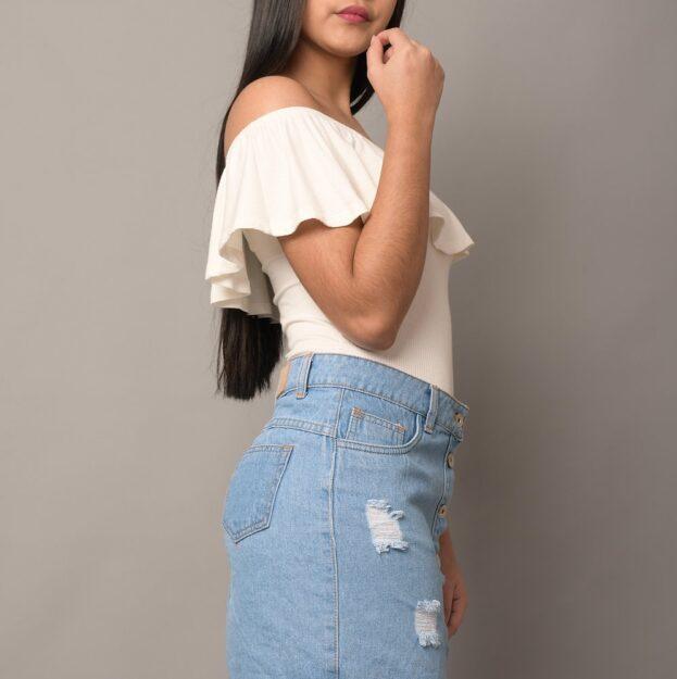 falda con rasgado moda 2020
